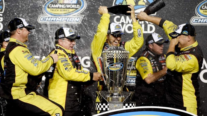 111514-NASCAR-Matt-Crafton-UNDERDOGS-NO-MORE-SS-PI.vresize.1200.675.high.33