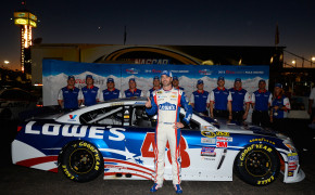 NASCAR Sprint Cup Series Quicken Loans Race for Heroes 500 - Qualifying