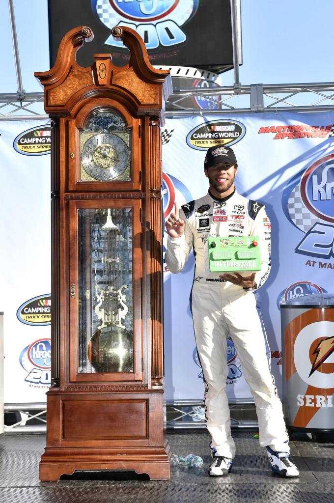 2014 NASCAR Sprint Cup Series, Martinsville
