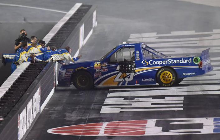 Vítěz loňského závodu CWTS Ryan Blaney (fotografie: www.heraldcourier.com)
