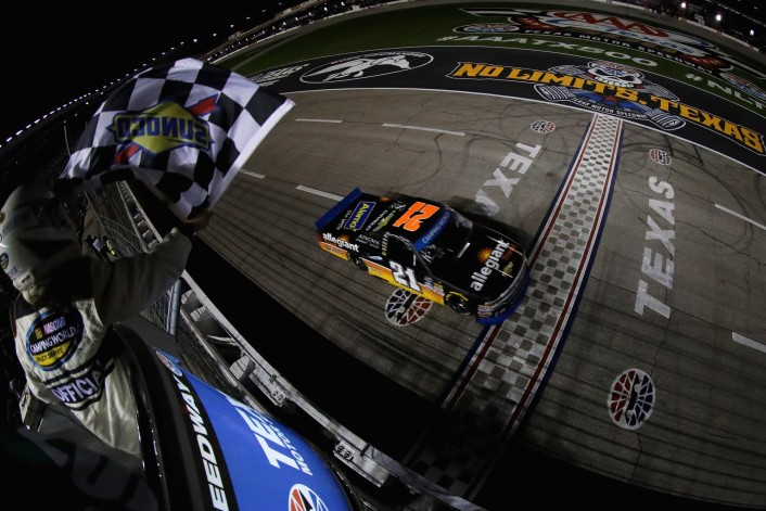 NASCAR Camping World Truck Series Striping Technology 350