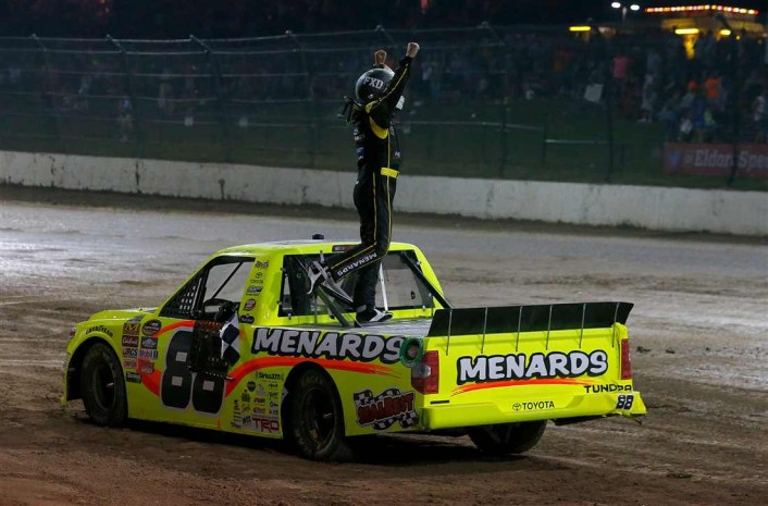 2017-July19-crafton-atop-car-eldora-gallery