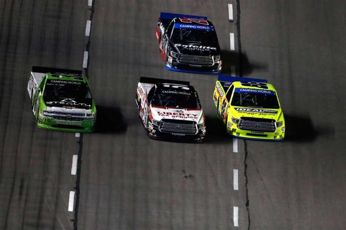 texas-race-trucks-three-wide