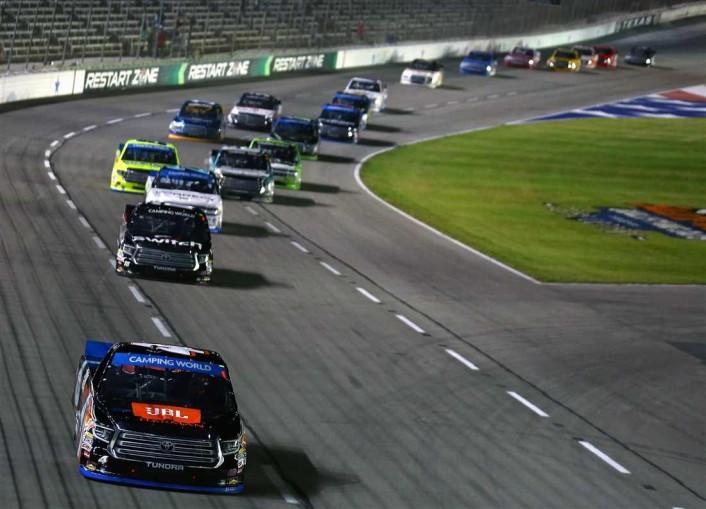 truck-series-race-texas