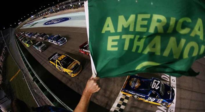 trucks-homestead-green-flag