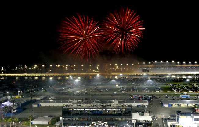 635543422001670950-Daytona-July