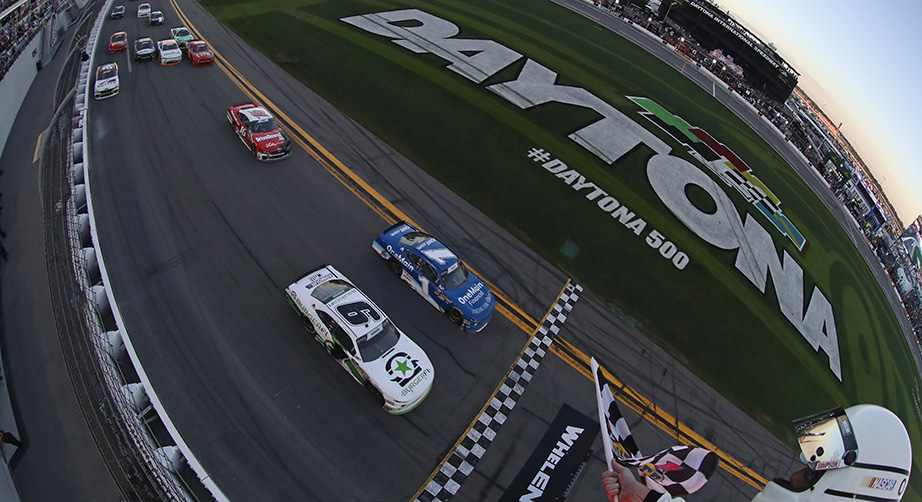 tyler-reddick-elliott-sadler-daytona-photo-finish-xfinity